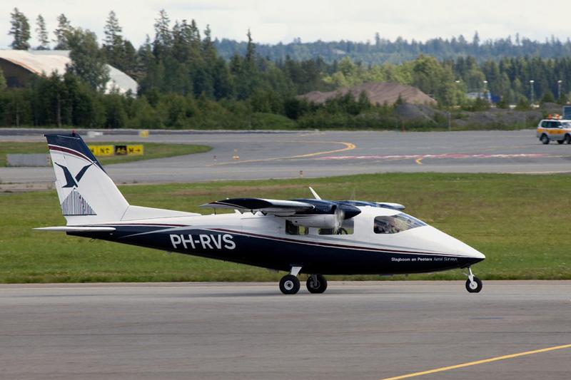 PartenaviaP68C-PH-RVS-Photo1
